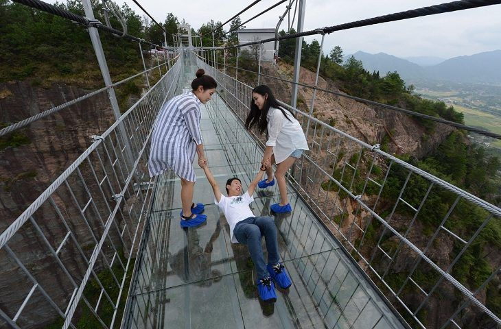 16 das pontes mais assustadoras do mundo para você atravessá-las