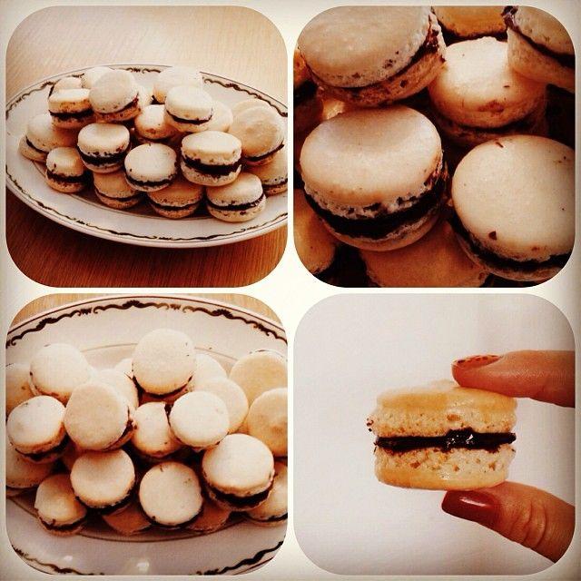 esseans   #Macarons med vanilje