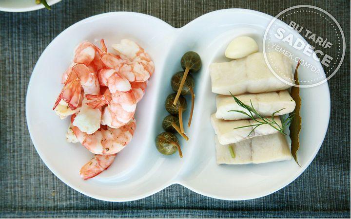 Tuti Restaurant'tan Terbiyeli Karides ve Levrek Turşusu Tarifi