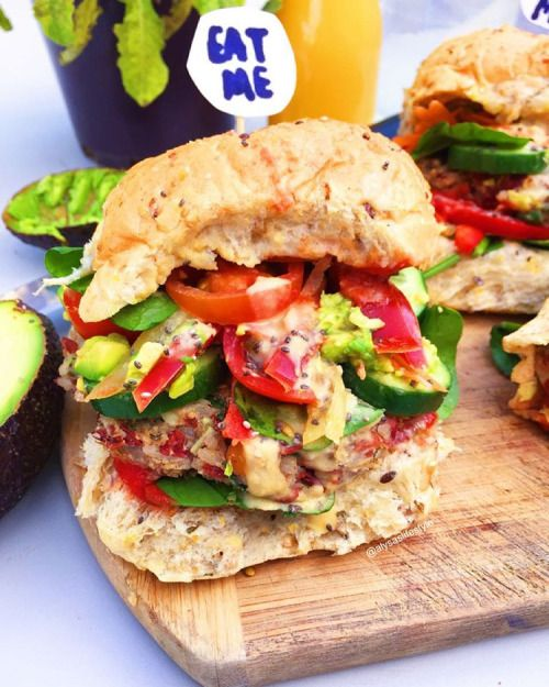 """thealysav:  """"🌴🌴🌴In cloud ☁️ 9 because of these #VEGAN veggie burger 👅👅👅💦💦 😸😼👣so damn good… consisting of veggie patties from @tessbegg, caramelised onions, veggies, tomato sauce and hummus 👅😎〰〰 NEW YOUTUBE VIDEO UP , LINKS IN BIO .. Also made some..."""