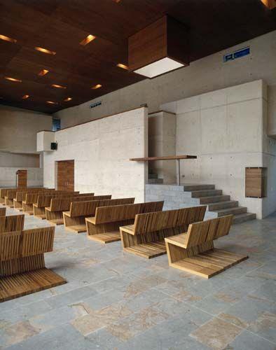 Mobiliario. capilla contemporanea - Buscar con Google