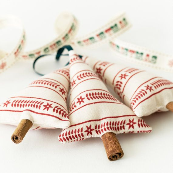 Primitive Christmas Decoration Tree Hanging Ornament Scandinavian Stripe with Cinnamon Stick