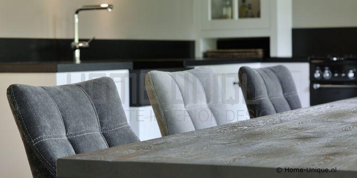 Keuken van Home-Unique.nl met byHU® stoelen
