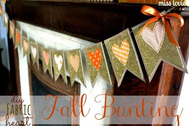 DIY Fabric Heart Fall Bunting with Free Template by Miss Lovie #HolidayIdeaExchange #fall #thanksgivingmantel