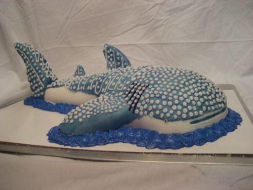 Whale shark cake! Like the shape of this