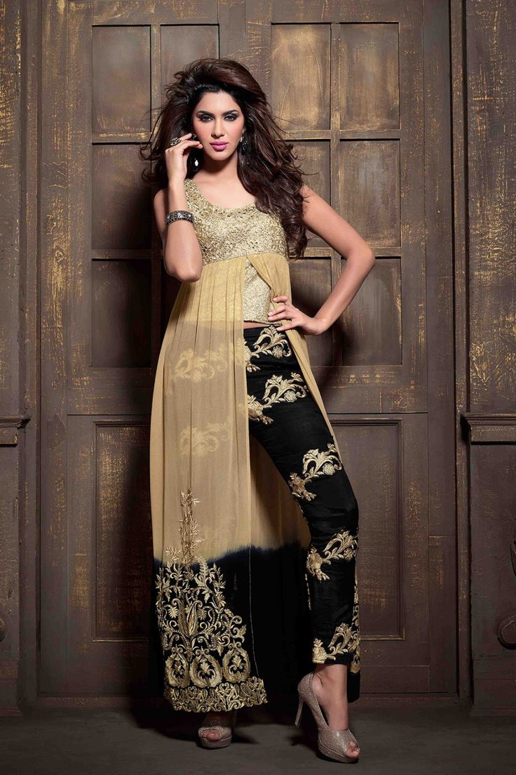 Look magnificent with Cream Faux Georgette Salwar Kameez Shop now @ http://zohraa.com/cream-faux-georgette-salwar-kameez-z2137p30704-1.html sku : Z2137P30704-1 Rs. 5349 #suits #suitsonline #partywearsuits #salwarkameez