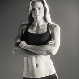 Score a rock-solid core like Olympic rowing gold medalist Susan Francias with