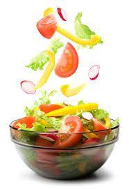 5 przepisów na proste sałatki, które urozamicą Twoją dietę…
