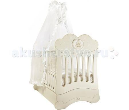 Feretti FMS Chaton продольный маятник  — 55440р. ---------------  Детская кроватка Feretti FMS Chaton продольный маятник  Изысканная модель, украшенная стразами Swarovsky. Кроватка выполнена из натурального бука. Данный материал выдержит взросление не одного малыша, и будет радовать своим прекрасным внешним видом.   Дно кроватки регулируется в двух положениях.  Обе стенки кровати регулируемые, причем бортик кроватки может регулироваться одной рукой. Силиконовые накладки на бортики защитят от…