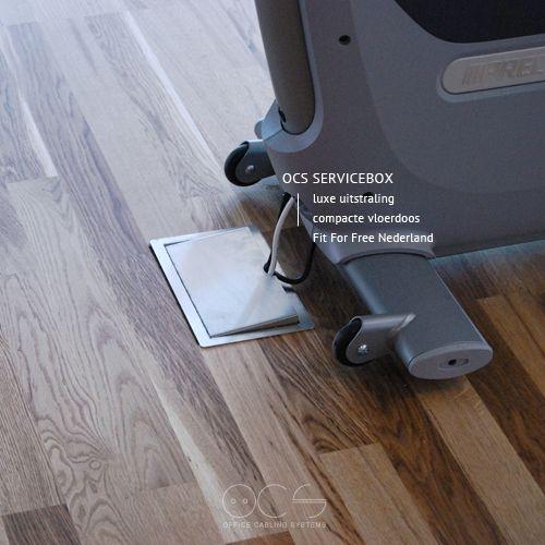 Fitnessapparaten van vinden de juiste aansluiting in de compacte vloerdozen van Office Cabling Systems. De OCS Servicebox voor instort vloeren geven, samen met de verdiepingshoge raampartijen, een luxueuze en toegankelijke uitstraling aan de ruimte. De serviceboxen zijn volledig uitgevoerd in rvs en voorzien de gebruikers van al zijn gewenste services.