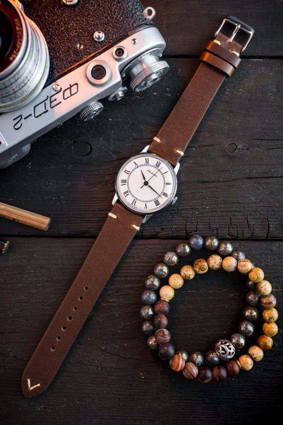 Mens wrist watch, Vintage Raketa mens watch with white dial, vintage mens watch, soviet mechanical watch, vintage russian watch, ussr cccp