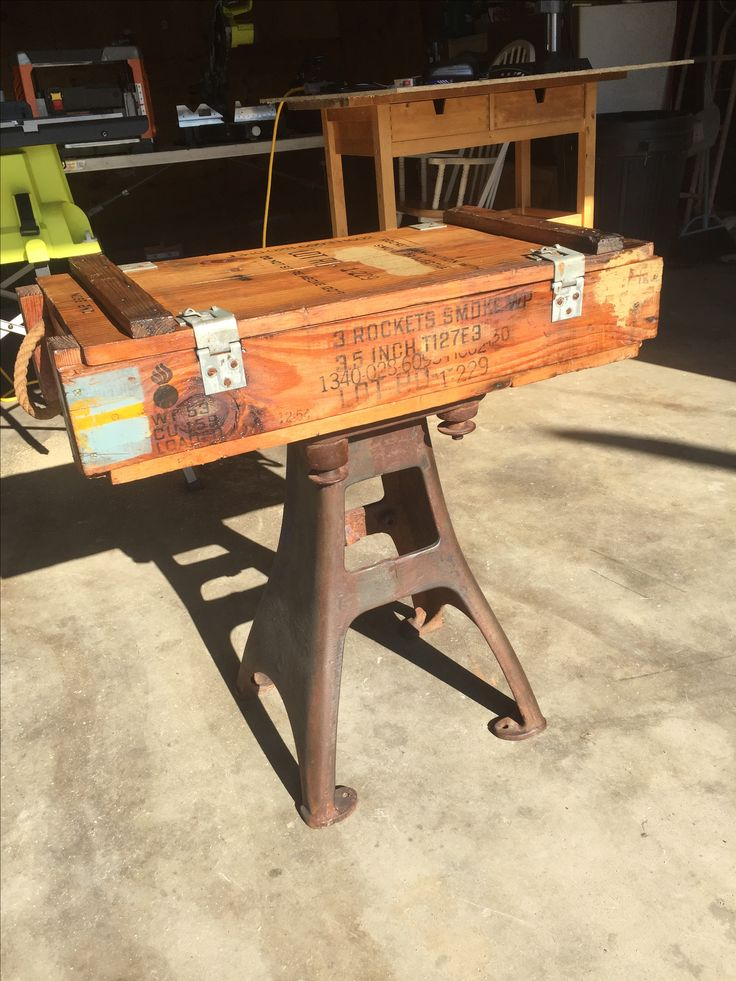 Best 25+ Rustic end tables ideas on Pinterest   Wood end ...