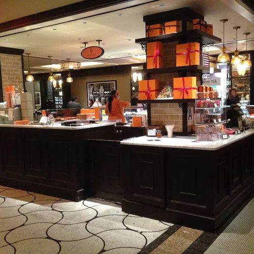 New Town Plaza Food Court In Hong Kong: The Plaza Food Hall, NYC #NuevaYork
