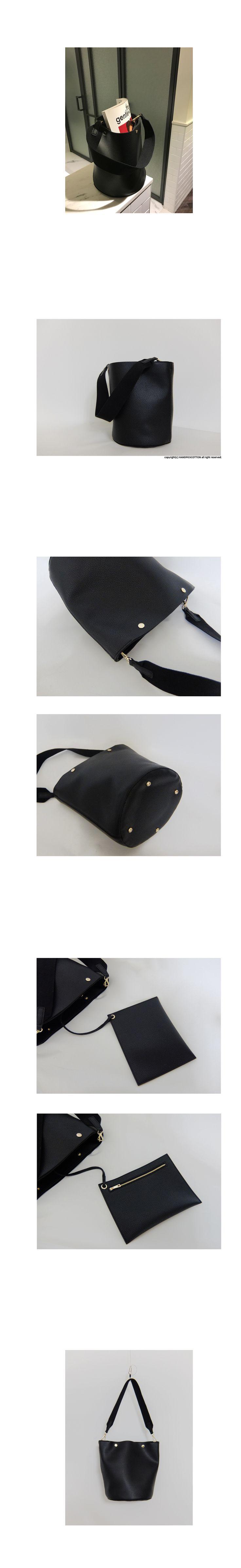 리얼 소가죽과 흡사한 터치감의 strap shoulder bag 입니다. 탈부착 가능한 미니 파우치가 있어 작은 소지품은 따로 보관하기 좋으며 입구 스냅버튼이 수납력을 높여줍니다. 너무 크지않은 적당한 사이즈로 미니멀한 디자인이 매력적인 제품입니다.
