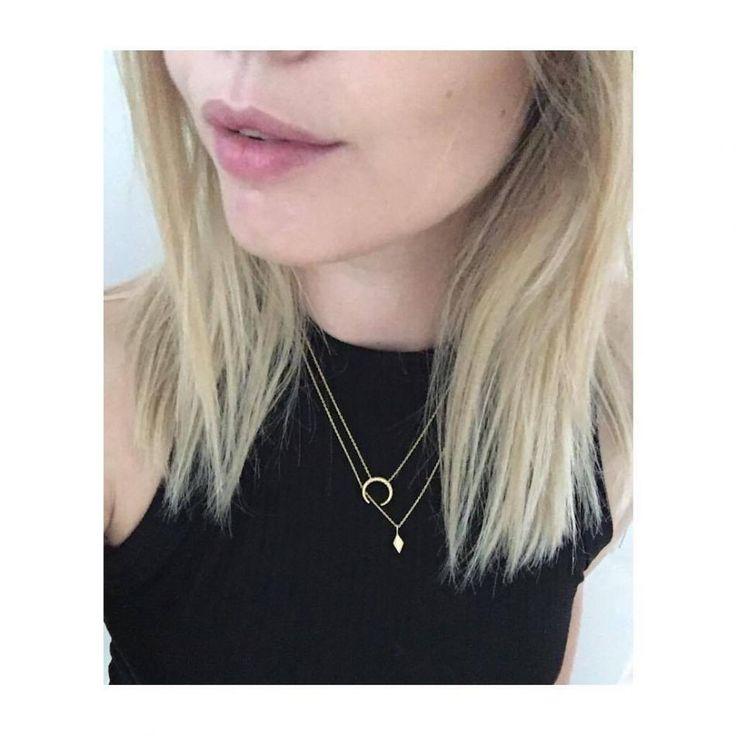 Minimalistic and casual golds http://hvi.sk/r/4YFH #hvisk #hviskstylist #minimalisticjewelry #goldjewelry