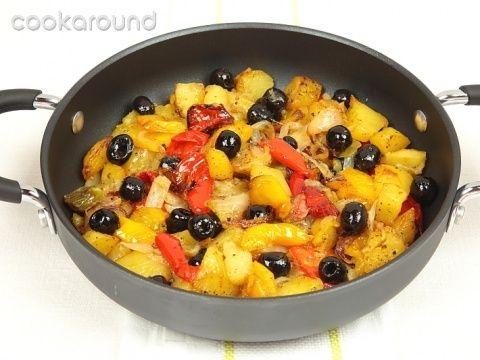 Teglia di patate e peperoni: Ricette di Cookaround   Cookaround