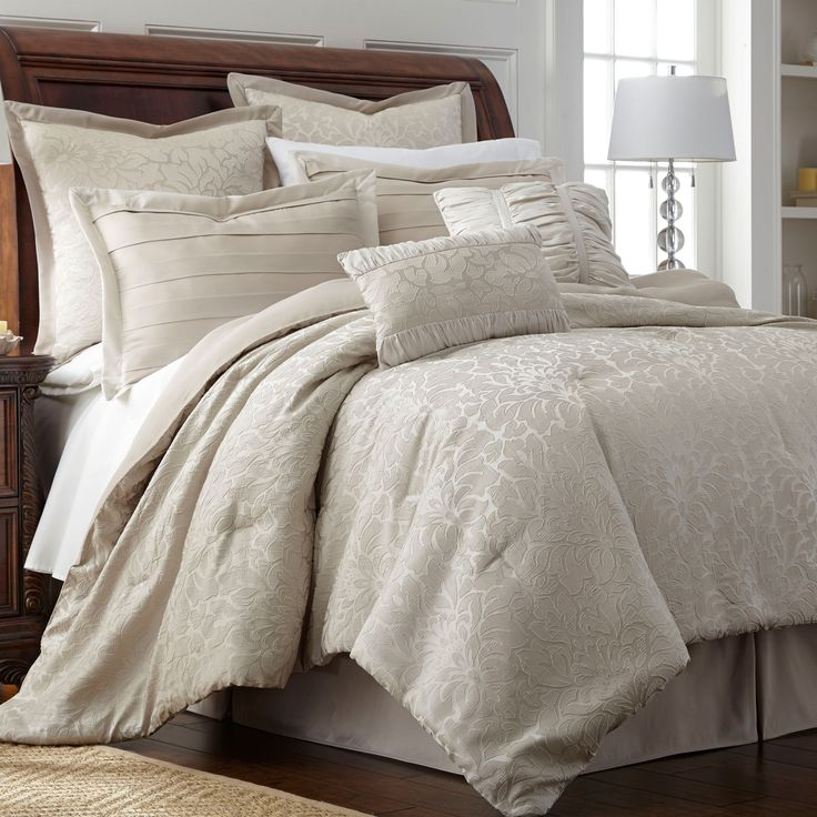 Samantha 8-piece King Size Comforter Set