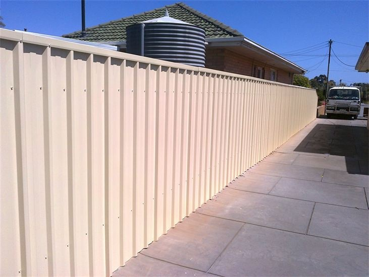 Lee Benson Fencing - Fence solutions