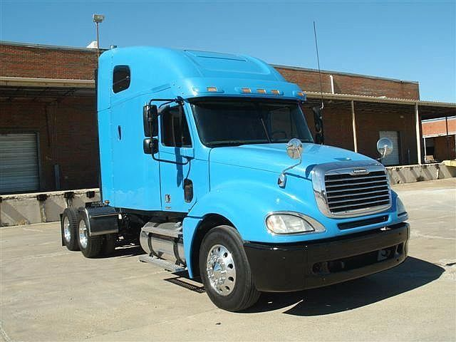 This stylish used 2006 #Freightliner Cl12064st-columbia 120 #Heavy_Duty_truck is available by Arrow truck sales dallas in Dallas for just US$ 36950. Get more details at CheapTrucksTrader.Com