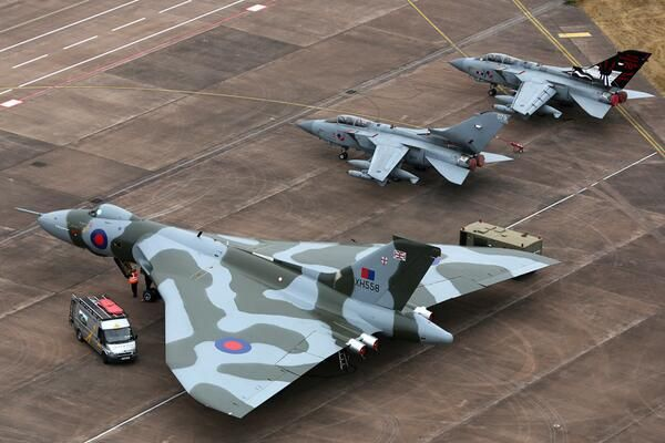 #XH558 lining up next to her 617 squadron successor at RIAT 2013.