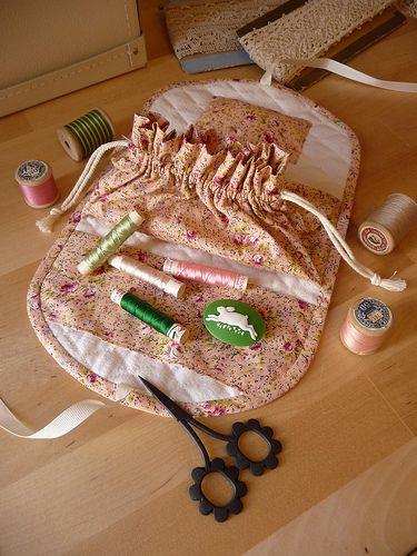 sewing kit w/button bag