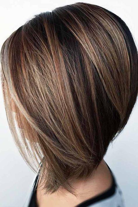 Ein A-Linien-Haarschnitt gehört heute zu den angesagtesten Schnitten und scheint hier für …   – Beauty