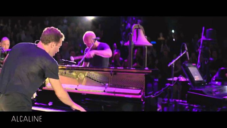 Coldplay - Viva La Vida Live 2014 Ghost Stories