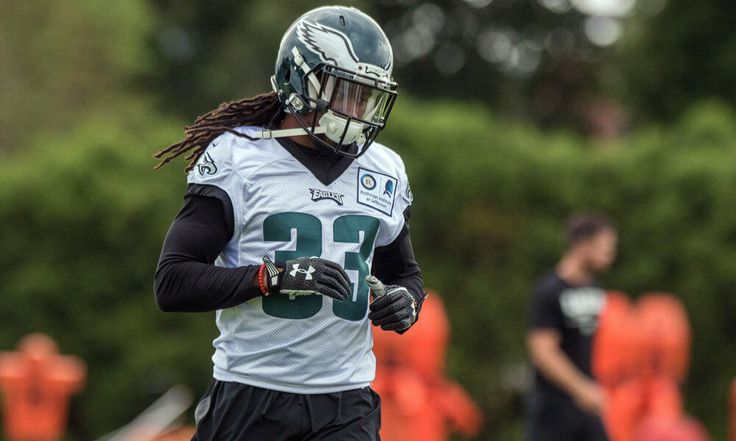 Eagles waive CB Ron Brooks = The Philadelphia Eagles made multiple roster moves Wednesday, signing two linebackers and waiving two cornerbacks. Linebackers Carlos Fields and Christian Tago have.....