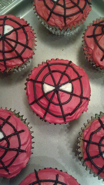 Brent will love these!! Spider-Man Cupcakes