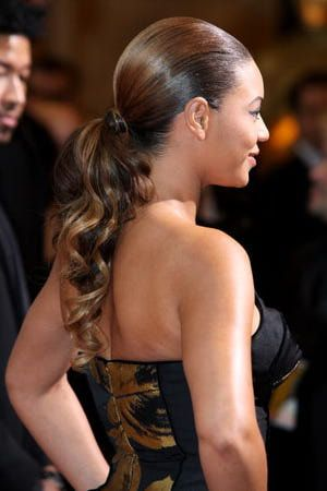 Pictures of Beyonce hairstyles, including updos, braids and long hairstyles: Elegant Ponytail