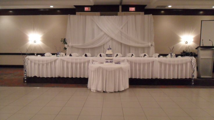 Elegant White Wedding - Holiday Inn Burlington Hotel & Conference Centre