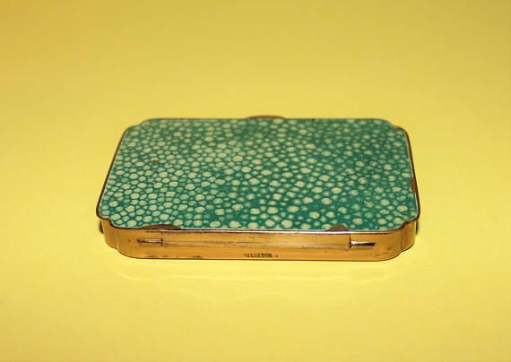 Vintage 1930's Green Enameled Brass Small Hinged Box/Pill