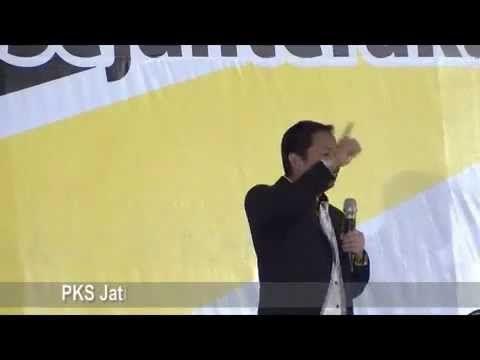Presiden PKS HM. Anis Matta dihadapan ribuan kader PKS Jawa Timur