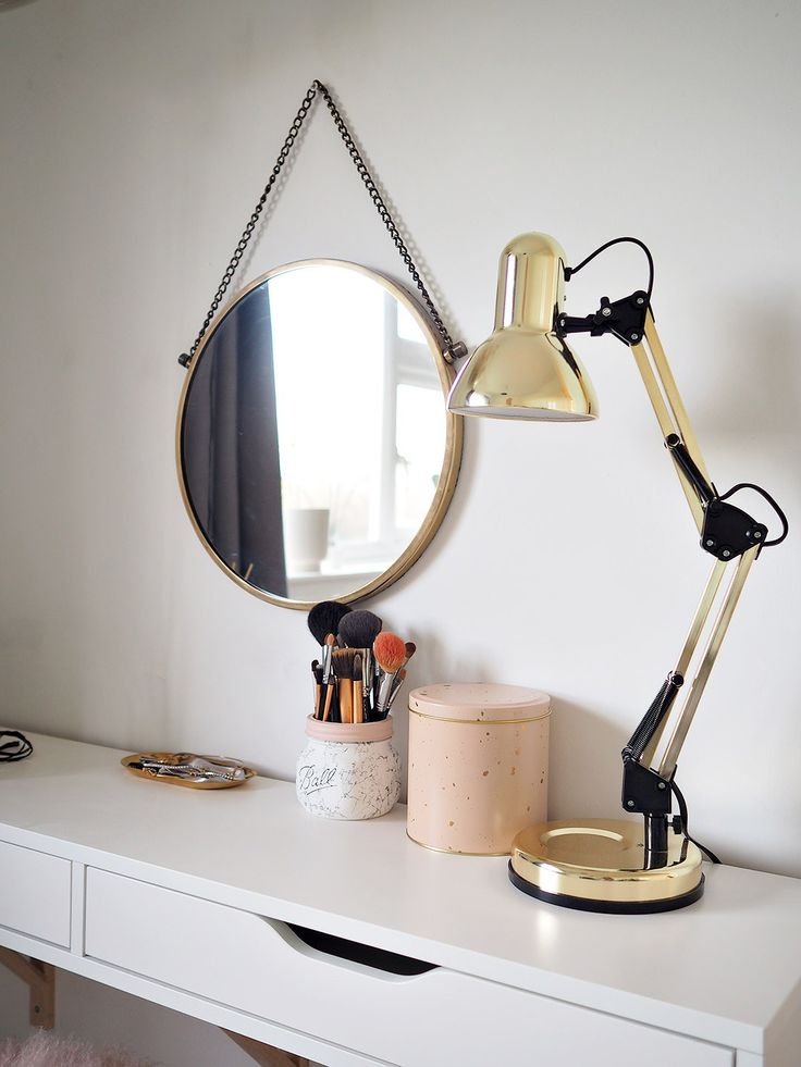 String Lights For Dressing Table : 25+ best ideas about Scandinavian Dressing Tables on Pinterest Scandinavian dressing table ...
