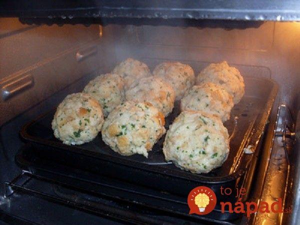 Jednoduchá rýchla a chutná príloha, ktorú pripravíte zo staršieho pečiva, ktoré sa u vás doma určite nájde.