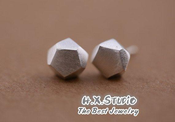 Minimalist Faceted Silver Earring, Geometric Silver Ear Studs, Handmade Silver Ear Studs/Earrings