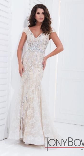 274 best Prom dresses images on Pinterest   Party wear dresses ...