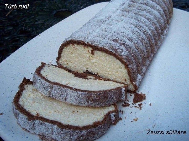 30 dkg liszt 12,5 dkg margarin 2 evőkanál kakaópor 1 teáskanál szódabikarbóna 12 dkg porcukor 1-2 evőkanál tejföl Töltelék: 1/2 kg túró 12,5 dkg...