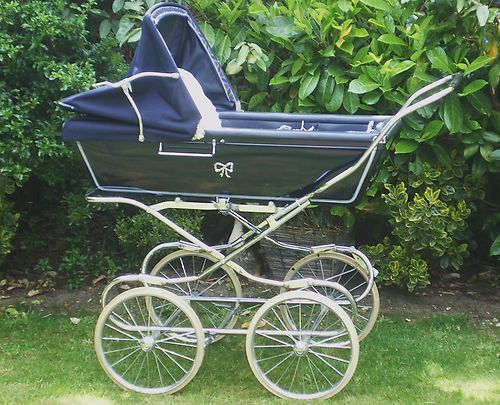 Vintage Coachbuilt Baby Boots Pram with Fold Down Chassis +quick release Wheels