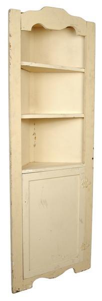 How to Make a Cardboard Template for a Corner Shelf