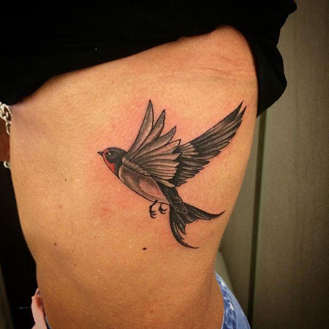 Très Oltre 25 fantastiche idee su Tatuaggio con rondine su Pinterest  HR15