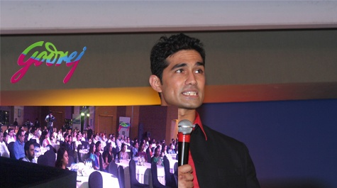 Mohit Rao is a Mind Reader. He performs an entertainment Show for Corporate Events which showcases the power of your Mind.  This is a pic of a Show her performed for Godrej.