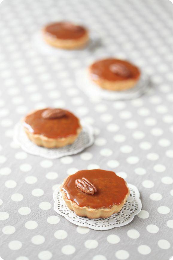 """Verdade de sabor: Пирожные """"Пекан"""" с карамелью / Pastéis de nozes-pecã e caramelo"""