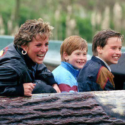 princess Diana: Splashing around - Diana with Prince William and Prince Harry visit Thorpe Park. ©PA