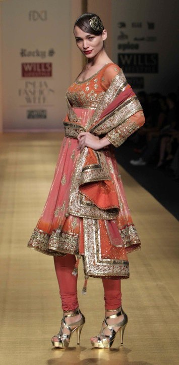 WoW Anarkali Suit by @RockyS_STAR ... http://rocky-s.com/