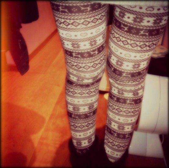 Christmas leggings by terranova