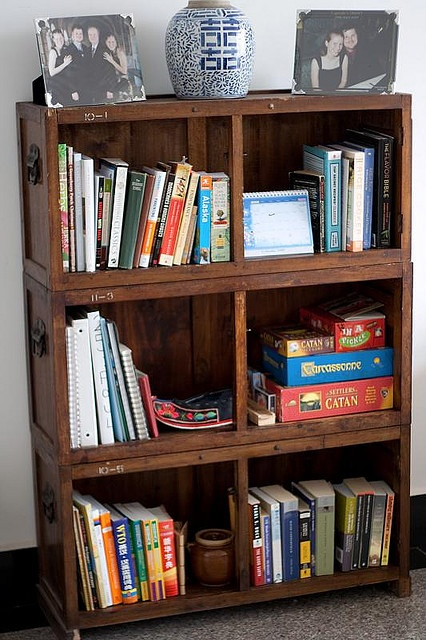 30 best images about bookshelf ideas on pinterest pallet. Black Bedroom Furniture Sets. Home Design Ideas