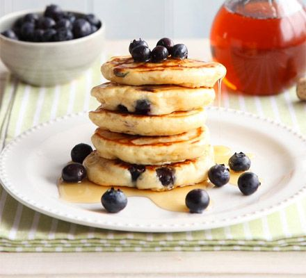 Blueberry & lemon pancakes from BBC Good Food | pinned into #sideeffects board