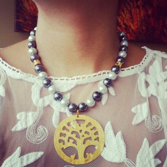 Collar perlas y dije rbol de la vida en bronce con ba o for Accesorios bano bronce