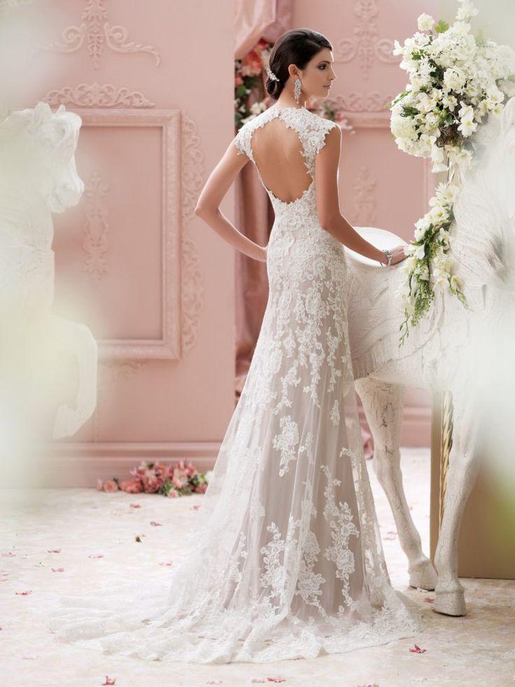 16 best wedding dresses images on Pinterest   Wedding frocks ...